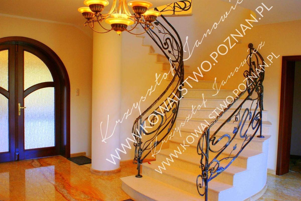 Balustrada wewnętrzna na schody kręte