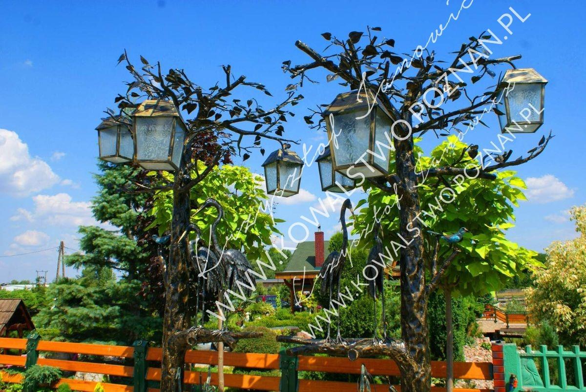 Lampa ogrodowa kuta wysoka