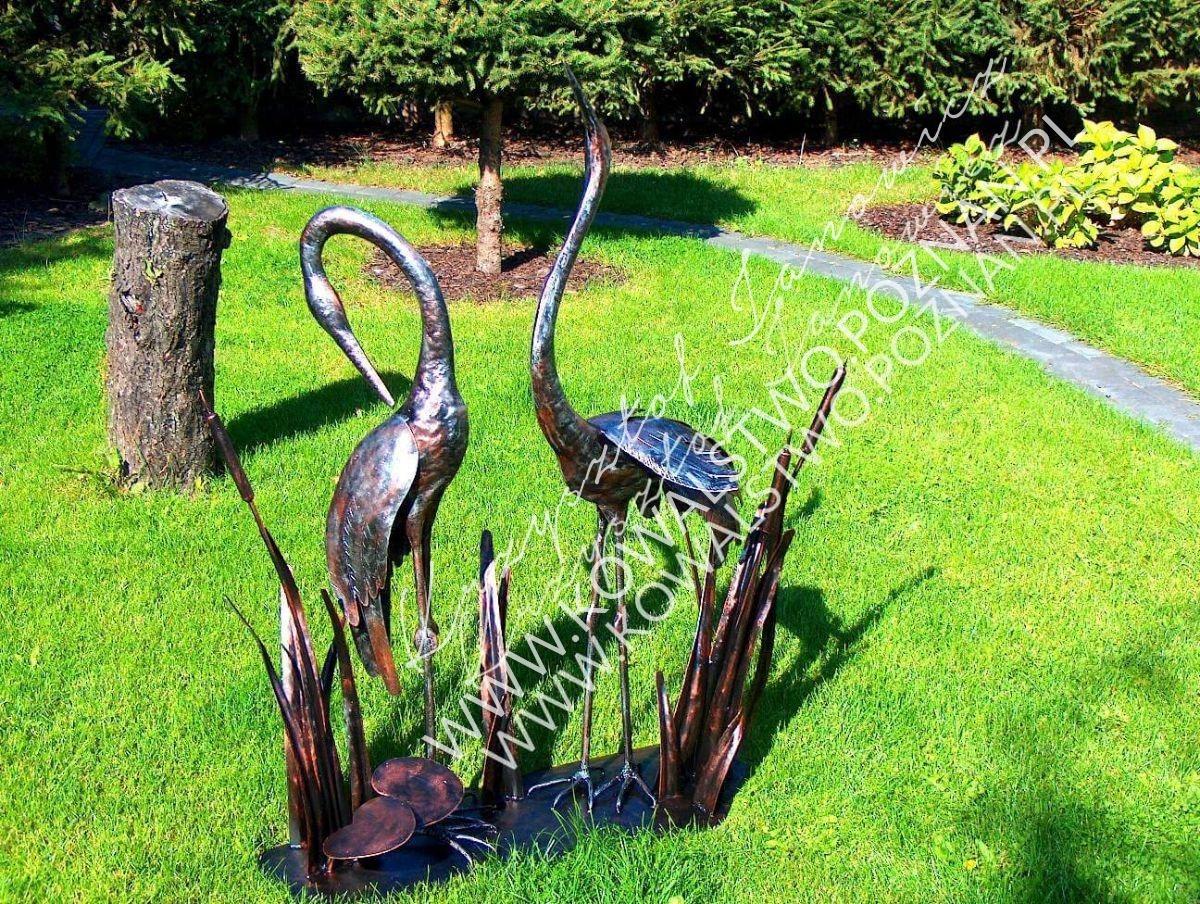 Ptaki z metalu. Dekoracje ogrodowe kute.